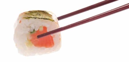 Суши - Сьомга в оризова хартия Maча мисо 6 броя