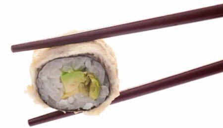 Суши Авокадо с уасаби грах в темпура 8 броя