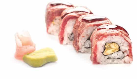 Суши Урамаки телешко с мариновани тиквички 4 броя