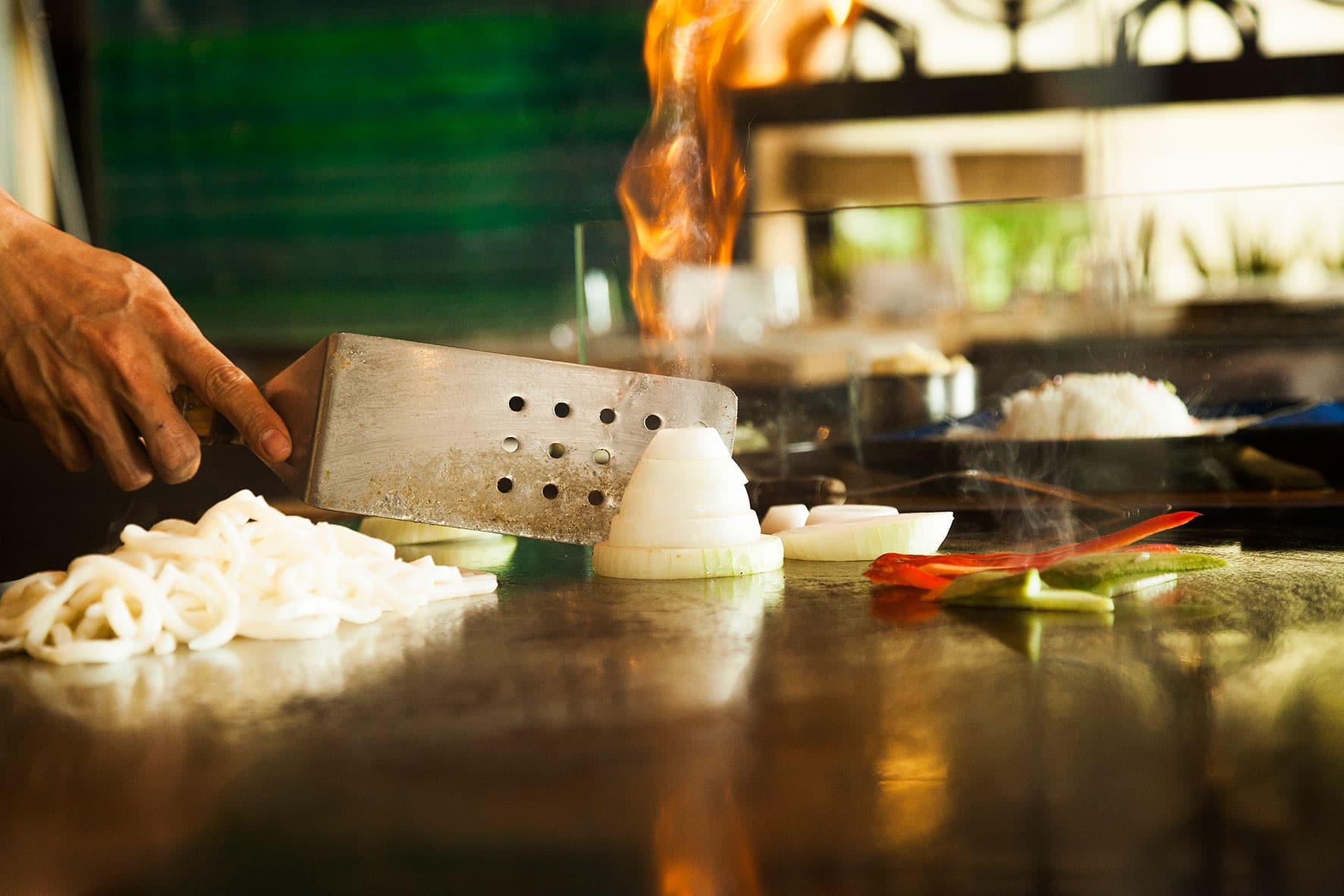 Preparing teppanyaki